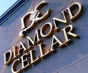 Cd102 5 Scene Team Diamond Cellar S Annual Wedding Band